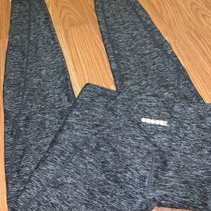 Ododos grey leggings with pockets!!